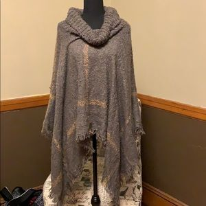 Gray and light pink poncho